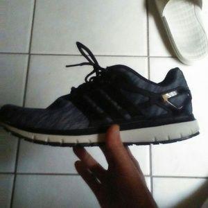 Mens adidas running shoe size 12